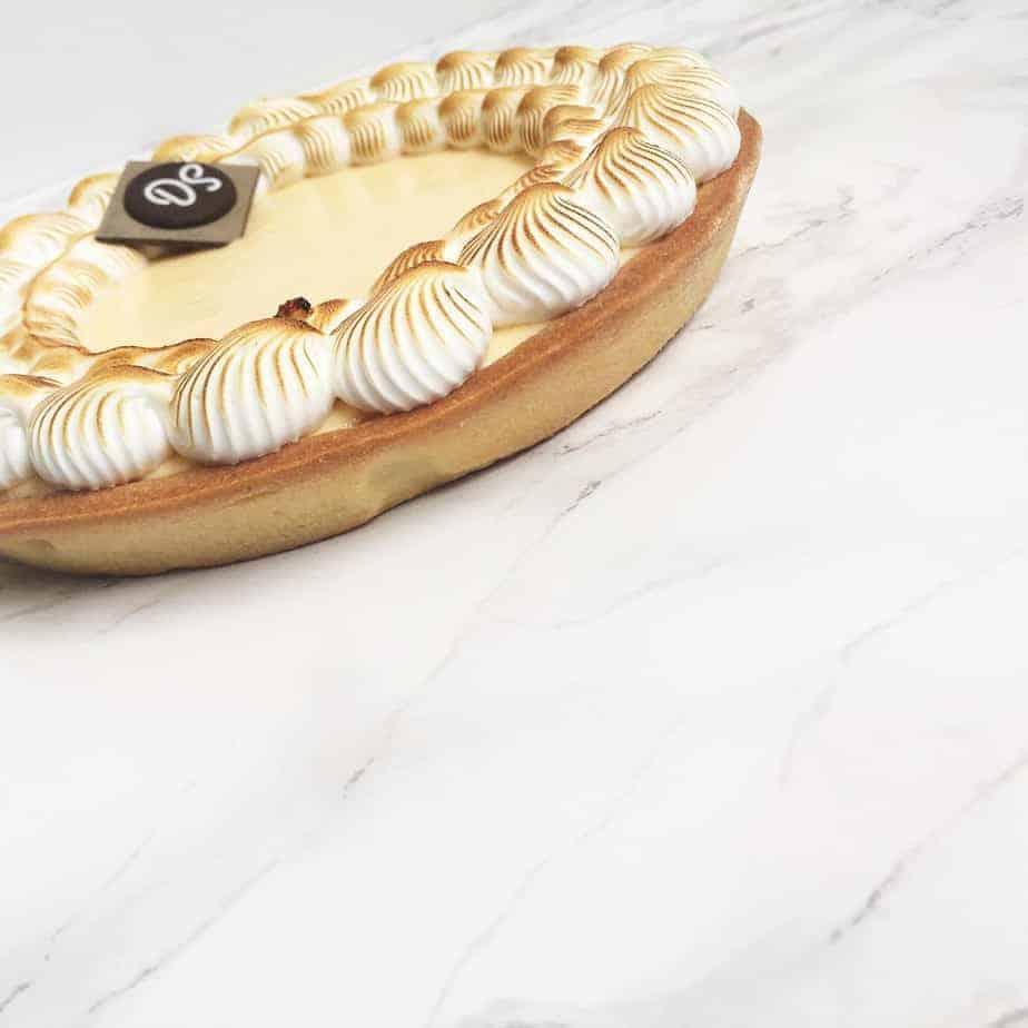 Citroentaart met Italiaanse meringue.