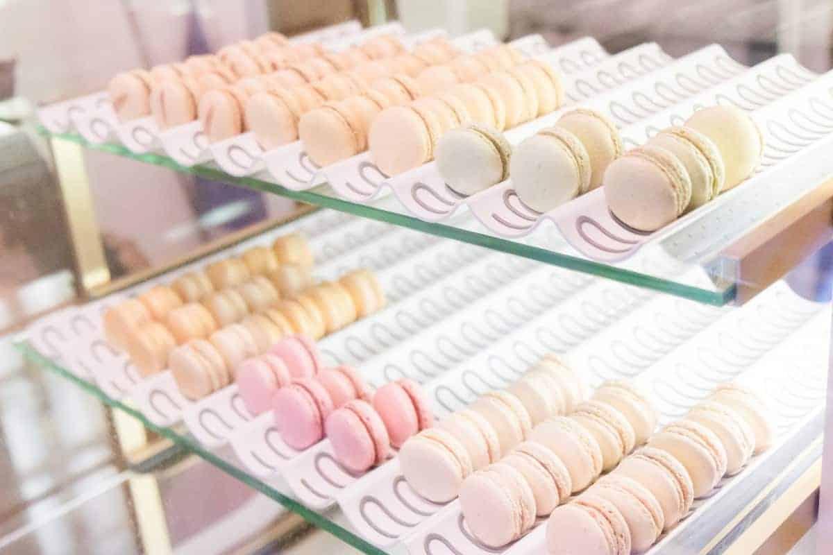 DS Patisserie in Den Haag maakt macarons logomacarons